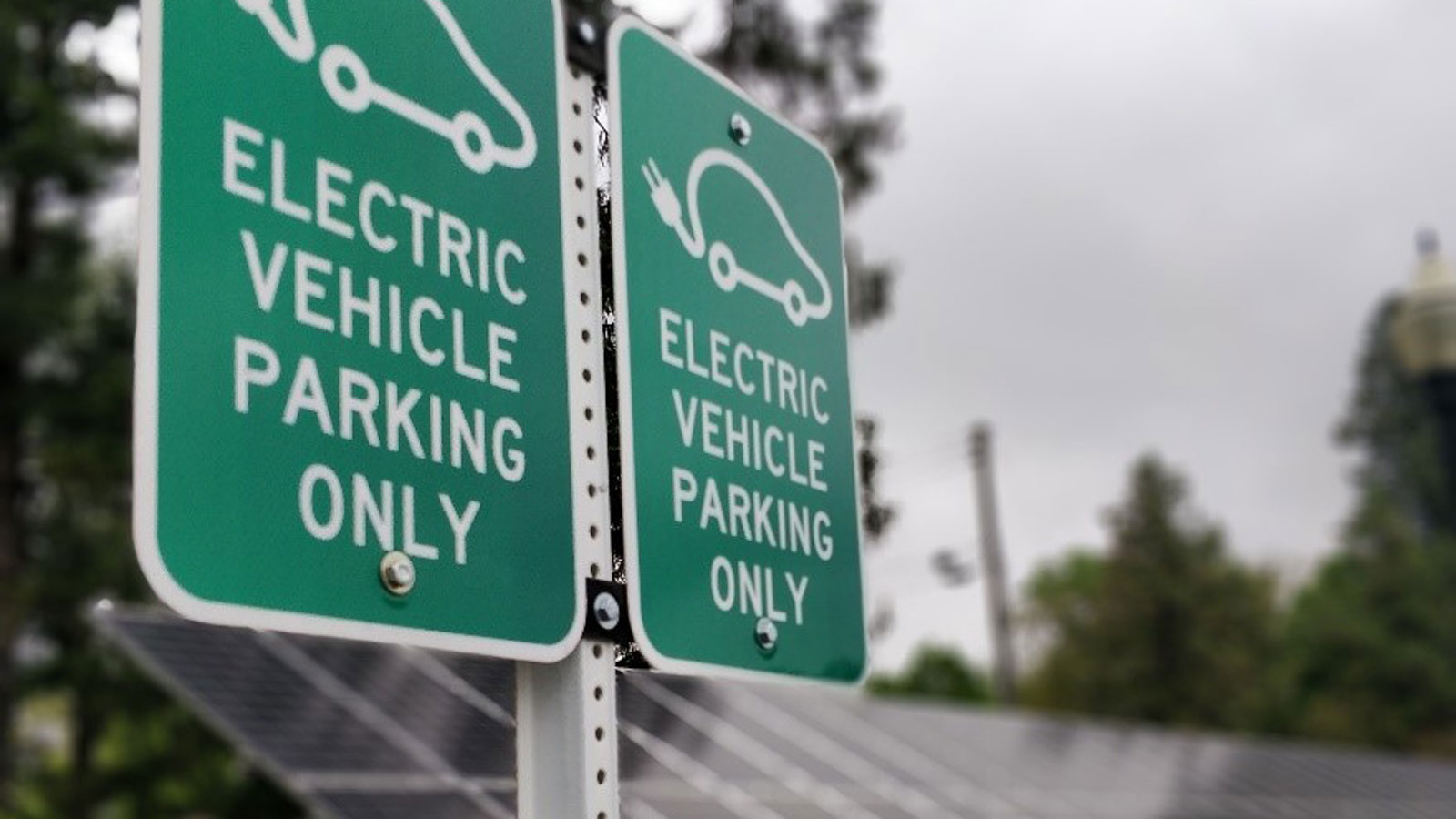 "<h3>ELECTRIC VEHICLES</h3><h5>There were <span class=""slideshowHighlight"">over 361,000 electric vehicles</span> sold in the U.S. in 2018, compared to virtually none in 2009. In the first seven months of 2019, electric vehicle sales were up an additional 14 percent over that same period in 2018.</h5>"